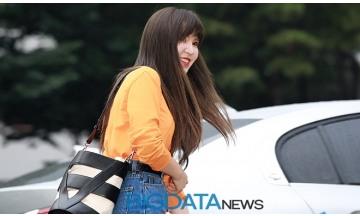 [BIG포토] 레드벨벳(Red Velvet) 웬디, 만엔이는 숙소에서 자고 있어용~