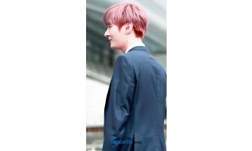 [BIG포토] 워너원(Wanna One) 윤지성, 만화를 찢고 나온듯한 왕자님 입장하십니다 (2018 소리바다 어워즈)