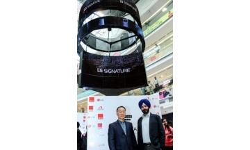 LG전자, 델리 최대 쇼핑센터에 올레드 사이니지 설치