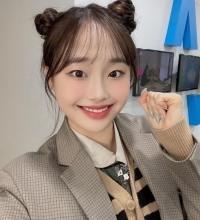 이달의 소녀 츄, 심장 부여잡는 귀여운 뿌까머리[SNS★]