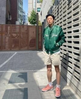 류준열, 장발 탈출…짧은머리도 잘어울려[SNS★]