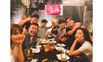 남보라, '정글의 법칙' 회식 공개···레드벨벳 슬기-줄리엔강도 '함께'