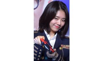 김소혜, 비장한 펭귄공주의 표정