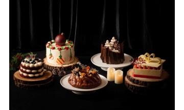 특급호텔들 크리스마스 한정 케이크 잇따라 출시…'어느 호텔 케이크가 더 예쁜가요'